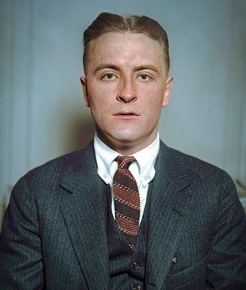 cravata tricotata
